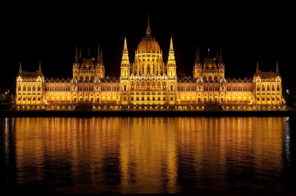 budapest-77610_1280