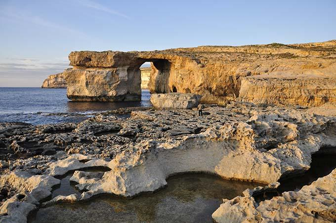 azure_window_malta_by_giovanni_maroni_viewingmalta-com_680