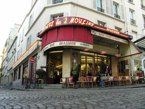 cafe deux moulins.jpg